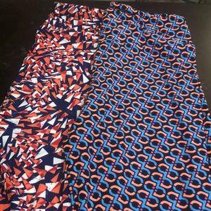 2 x LulaRoe geometric pattern tall & curvy NWOT